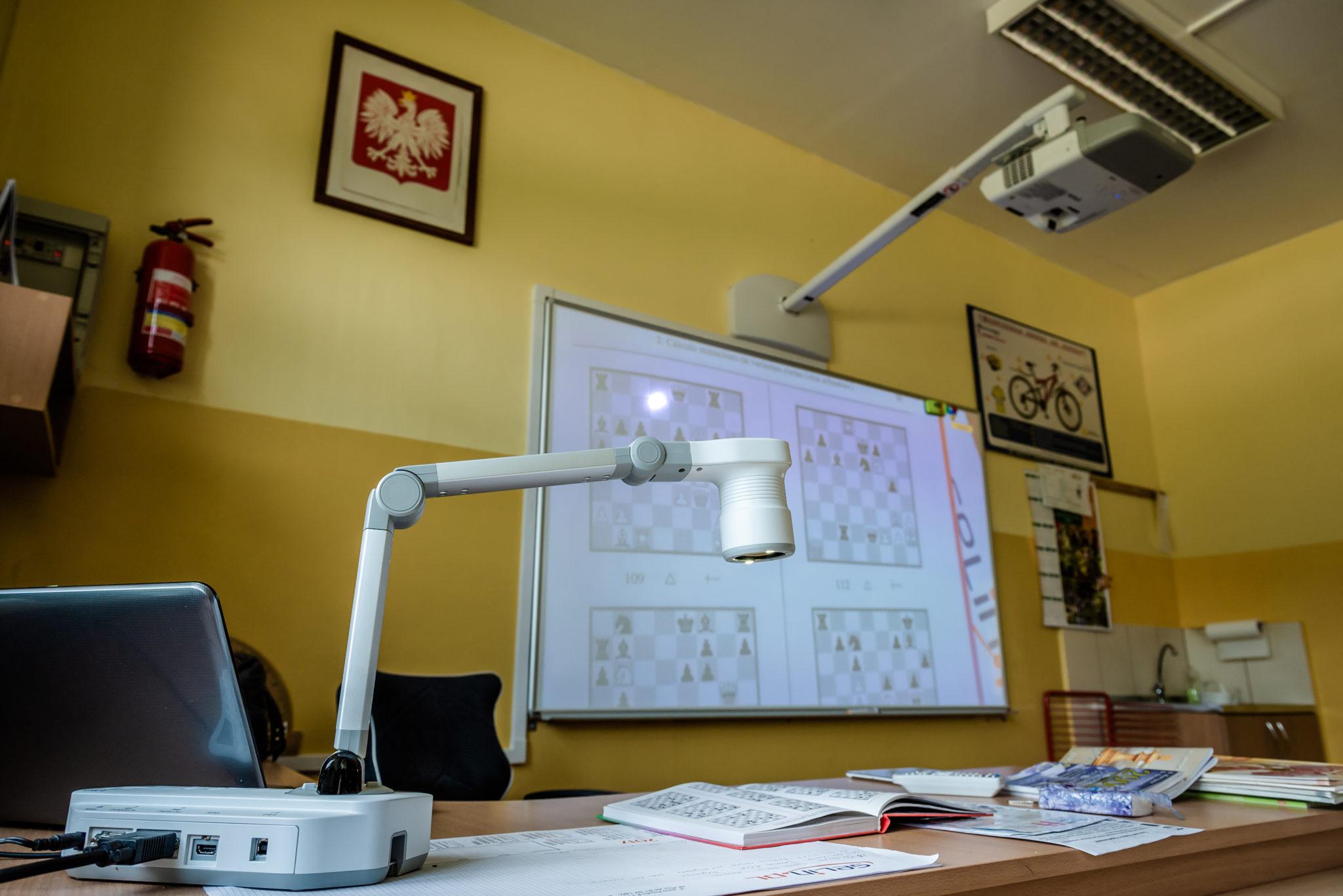 Wizualizer Epson w szkole Pukinin Aktywna Tablica